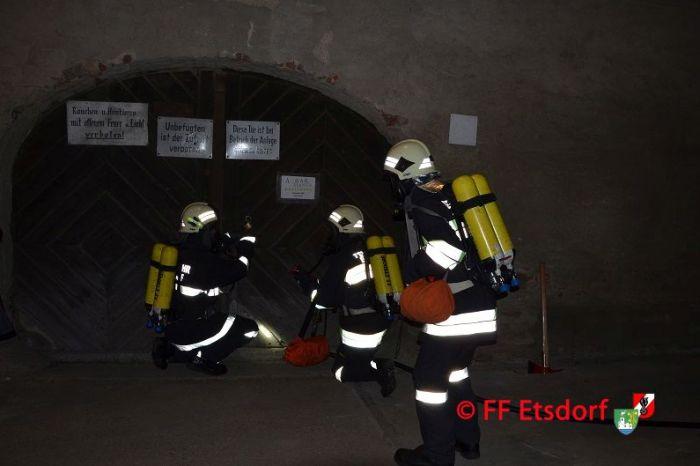 Abschnittsatemschutzübung im Wirtschaftshof Grafenegg