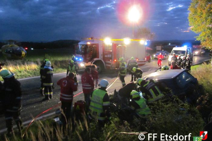 Schwerer Verkehrsunfall auf der B34