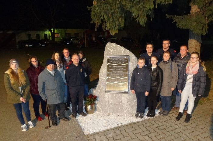 Gedenkstein/-tafel für Ehrenkommandant Josef Ulzer jun.