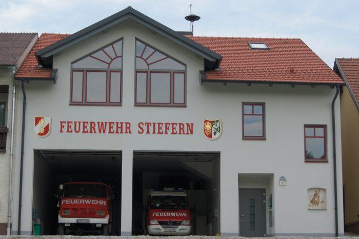 Eröffnung Feuerwehrhaus Stiefern