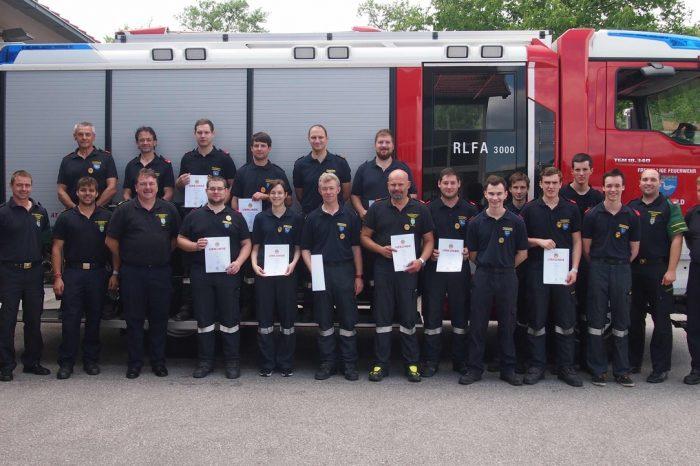 Ausbildungsprüfung Atemschutz in der Feuerwehr Lengenfeld